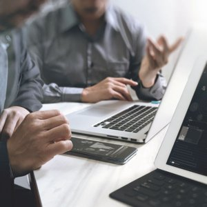 Cadexpress+ Infolegale, le connecteur pour limiter le risque de paiement fournisseur